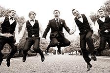 танец подружек невесты и друзей жениха